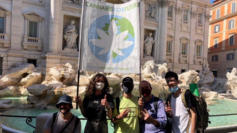 """Festa 420, """"Cannabis for Future"""": anche a Bari scendiamo in piazza per legalizzare la cannabis e favorire l'economia"""