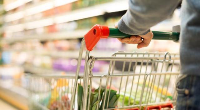 """Pandemia, Coldiretti: """"Prezzi alimentari al record da 7 anni"""""""