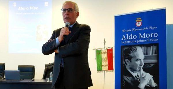"""Lunedì 3 maggio incontro con gli studenti del Liceo """"F. Ribezzo"""" di Francavilla Fontana"""