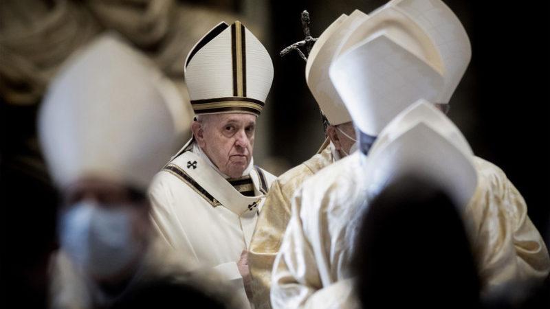 l Papa ha vietato ai cardinali di ricevere regali di valore superiore a 40 euro