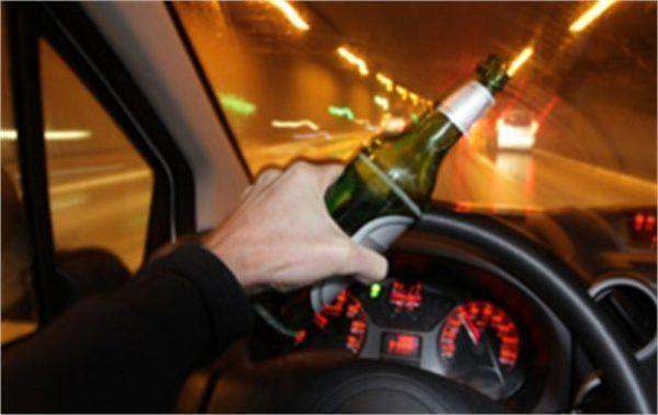 Guida in stato di ebbrezza: secondo i giudici della cassazione è reato rifiutare l'alcoltest