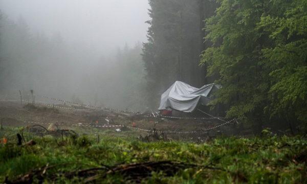 Non si è ancora capito di chi sia la proprietà della funivia precipitata a Stresa
