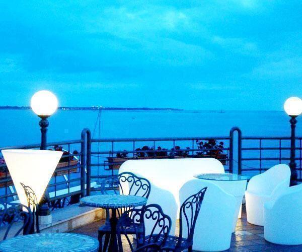Taranto – Tavoli all'aperto: si può  ampliare fino al 100%