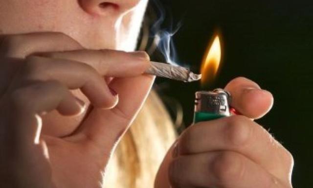 Gioco d'azzardo e cannabissono le 'dipendenze patologiche' dei giovani