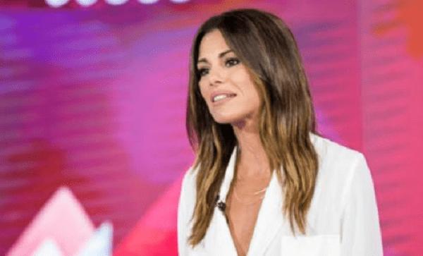 """Bianca Guaccero di pomeriggio porta il buonumore e l'intrattenimento nelle case di molti italiani con """"Detto fatto"""""""