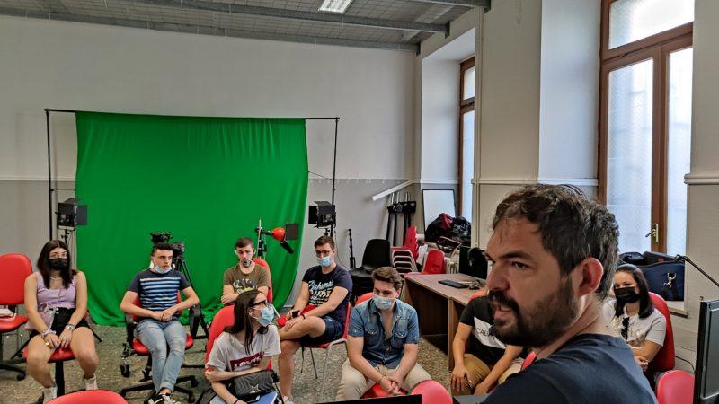 """Gli studenti del """"Cabrini"""" sul set del nuovo corto di Alessandro Zizzo"""