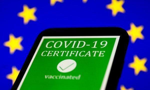 Approvato anche in Italia il certificato vaccinale europeo. Ecco come ottenerlo