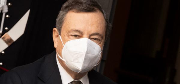 Arriva il green pass. Draghi firma il decreto