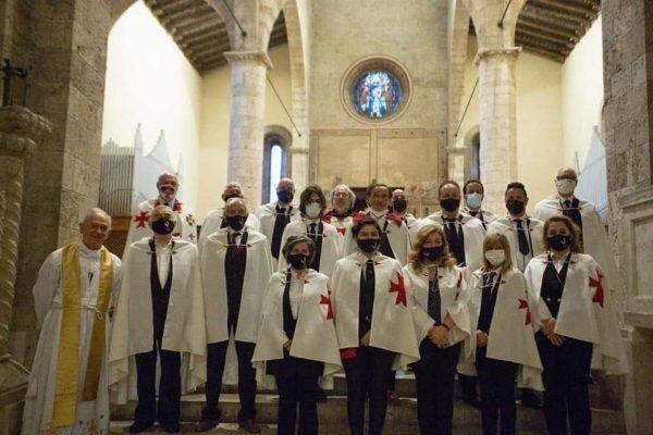 Raduno dignitari dei Cavalieri Templari federiciani nella cattedrale di Teramo