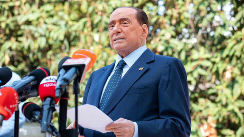 Berlusconi: partito unico del centrodestra per il 2023, io resto in campo