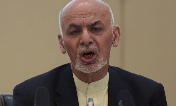 Via gli stranieri, i Talebani avanzano e Kabul manda rinforzi nel Nord