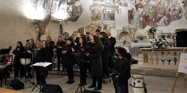 Gocce di perdono uniscono i popoli – Concentus Serafino Aquilano 2021