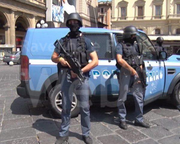 Smantellata un'organizzazione clandestina nazifascista tra Milano e Trieste