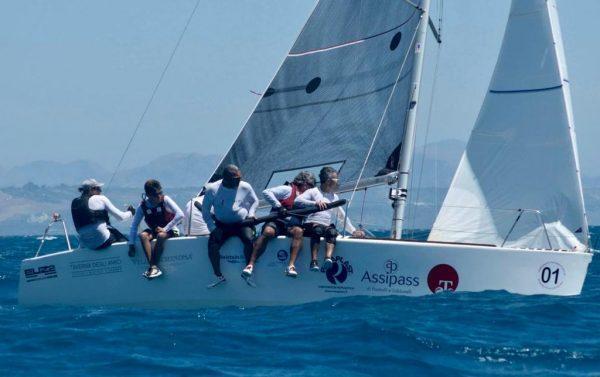 Circolo della Vela Bari Euz II di Francesco Lanera conquista l'11° titolo di campione d'Italia