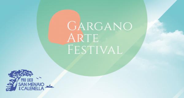 Gargano Arte Festival, a San Menaio anche Enrico Brignano. Dal 2 agosto al 6 settembre 2021 spettacoli in riva al mare