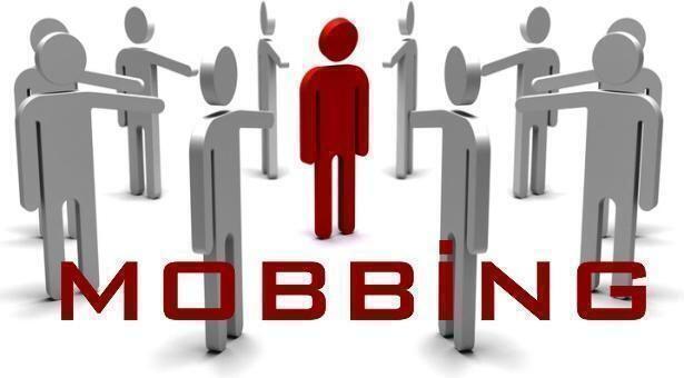 In Italia il mobbing viene definito comunemente terrorismo psicologico sul luogo di lavoro