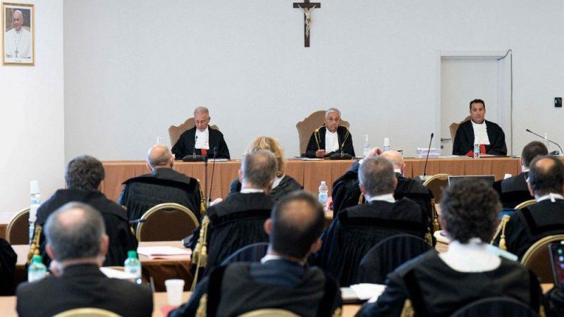 Vaticano, iniziato il processo sul palazzo di Londra