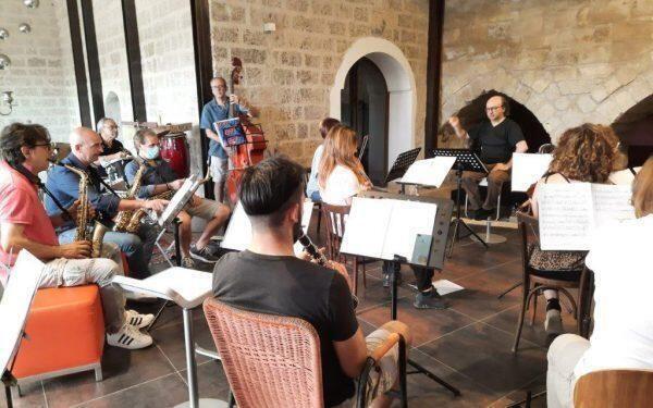 Concerto di musica d'autore nella masseria Nuclè contrada Fornello con SinedriOrchestra diretta dal M° Alfredo Cornacchia