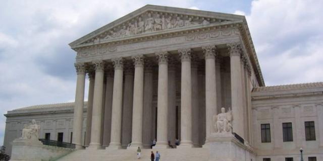 La Corte Suprema e il diritto al voto: fra restrizione e democrazia