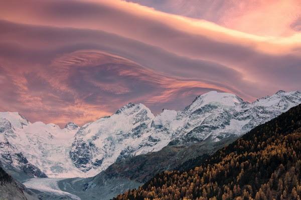 Sulle Alpi svizzere con la fusione dei ghiacciai mille laghi dal 1850