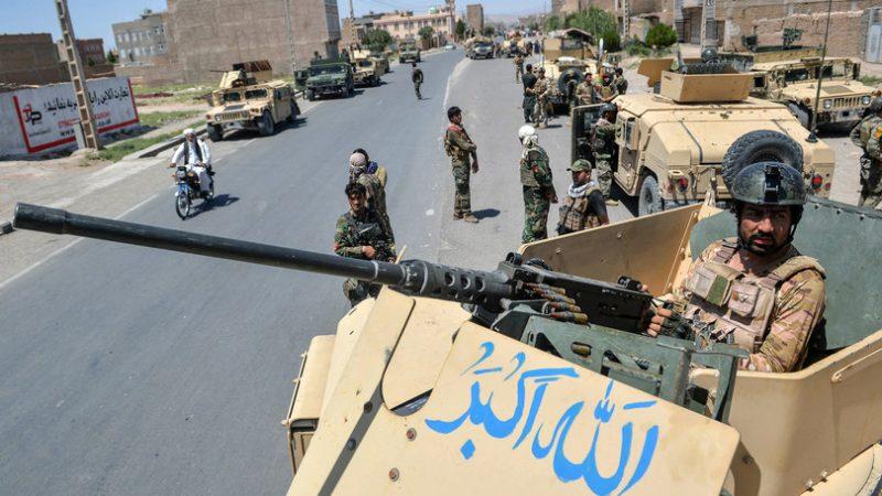 """Nuova offensiva talebana in Afghanistan, Lashkar Gah """"città morta"""""""
